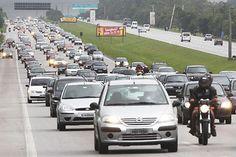 Horário pra evitar congestionamento no #Feriado de #SP