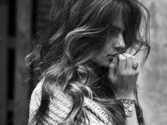 #Hairstyle: tornano di moda i #capelli mossi #capellimossi , il look da #spiaggia perfetto anche per la città! http://www.veraclasse.it/articoli/bellezza/capelli/capelli-mossi-per-la-spiaggia/10686/