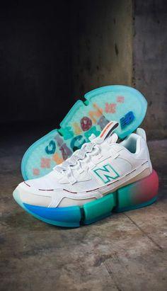 Sports Shoes, Men's Fashion, Sneakers, Moda Masculina, Tennis, Mens Fashion, Slippers, Man Fashion, Sneaker