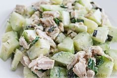 Healthy lunch idea: Cucumber Chicken Salad (from Clean Eating Weight Loss Meal Plan 95) #cleaneating #weightlosshelp