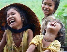 """A alegria evita mil males e prolonga a vida."" William Shakespeare"