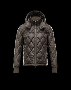 Moncler GIRARDOT Fashion Down Jacket Men Dark Green Coat Sale, Women s  Jackets 622400f28b5