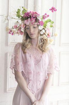 Harriet Parry Flowers: Flower Fashion