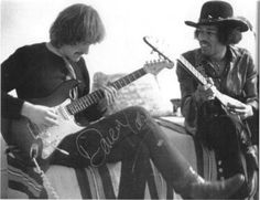 Jimi jamming with Dave Mason of Traffic