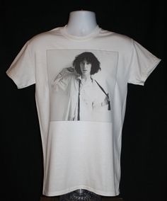 brand new * patti smith t-shirt nyc punk poet horses cbgb's 70s iggy pop stooges vintage tee*  Available in Small, Medium, Large or XL.
