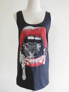 Frog Red Mouth Size M Frog Shirt Animal Tank Top by sinclothing
