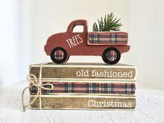 Christmas Wood, Plaid Christmas, Christmas Ideas, Holiday Ideas, Christmas Things, White Christmas, Wooden Truck, Wood Book, Old Fashioned Christmas