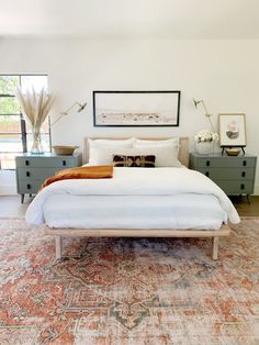 Bedroom Decor Ideas Beautiful modern master bedroom with warm fall colors and pampas grass Juniper Home.Bedroom Decor Ideas Beautiful modern master bedroom with warm fall colors and pampas grass Juniper Home Fall Bedroom Decor, Bedroom Inspo, Home Bedroom, Bedroom 2018, Warm Bedroom, Master Bedrooms, Budget Bedroom, Ikea Bedroom, Bedroom Rugs