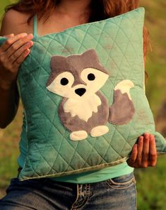 Hey, I found this really awesome Etsy listing at https://www.etsy.com/listing/197687650/pdf-pattern-the-midnight-wolf-pillow