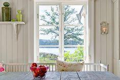 Cottage of the Week: Sweden - Home Bunch – Interior Design Ideas Scandinavian Cottage, Swedish Cottage, Red Cottage, Swedish House, Scandinavian Interior, Cottage Windows, Scandinavian Style, Swedish Interior Design, Luxury Interior Design