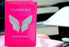 I want this passport cover! Travelling like an angel ;)