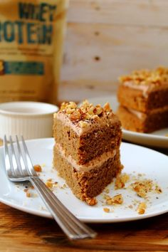 Double layered coffee cake with a double hit of protein! Both the cake itself and the frosting have our whey protein powder in them. This cake looks spectacular and is perfect for a party or family Sunday tea. Plus it's sugar free, so what could be better! @peachyshel