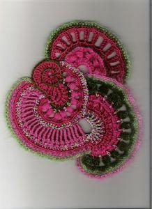 crochet freeform tuto 3 réalisé par Sueza