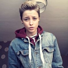 36 easy and cute short hairstyles for round face 7 – JANDAJOSS.ME 36 easy and cute short hairstyles for round face 7 – JANDAJOSS.ME 36 easy and cute short hairstyles for round face 7 – JANDAJOSS.ME 36 easy and cute short hairstyles for round face 7 – Tomboy Haircut, Androgynous Haircut, Tomboy Hairstyles, Cute Hairstyles For Short Hair, Hairstyles For Round Faces, Straight Hairstyles, Androgynous Girls, Male Hairstyles, Girl Haircuts