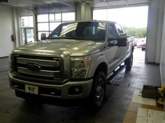 2014 Ford F-350SuperDuty Lariat 4x4 Lariat 4dr Crew Cab 8 ft. LB SRW Pickup Pickup 4 Doors Silver for sale in Des moines, IA Source: http://www.usedcarsgroup.com/used-ford-f_350_super_duty-for-sale