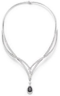 Piaget Couture Précieuse necklace Radiant Laces Inspiration in 18K white gold set with 298 brilliant-cut diamonds (approx.15.37 cts), 1 pear- shaped black spinel (approx.6.86 cts) and 2 pear-shaped diamonds (approx.0.59 ct).