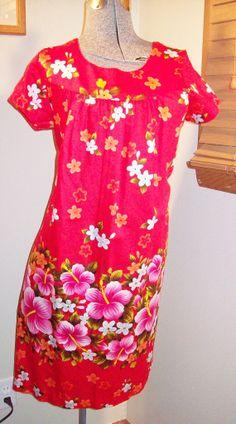 Vintage 70s 80s UiMaikai Bright Hibiscus by atomicbettiescloset, $26.00