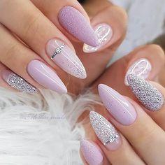 The color of nail polish used in nail art has the same fashi […] Chic Nails, Stylish Nails, Swag Nails, Classy Nails, Pastel Nails, Purple Nails, Glitter Nails, Nagel Bling, Pink Wedding Nails