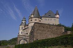 Schloss Bürresheim, bei Mayen in der Eifel, Germany