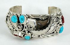 Native American Navajo bear claw and turquoise bracelet