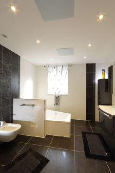 Homeplaza - Mit Infrarotheizungen Badezimmer effizient und angenehm wärmen - An der Decke geht die Sonne auf