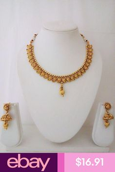 dineshptl1326 Mixed Piece Jewelry Sets Jewelry & Watches Jewelry Design Earrings, Fashion Jewelry Necklaces, Jewelry Watches, Necklace Designs, Gold Jewellery, Indian Jewelry Sets, Gold Bangles Design, Siri, Indian Fashion