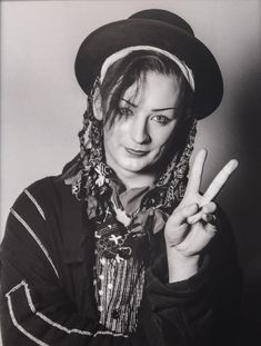 Boy George, Photo by Philippe Hamon George Young, Boy George, 80s Pop Music, Culture Club, Many Faces, Bowie, Black And White, Music Wall, Chameleon