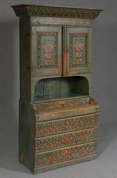 Swedish Front Cabinet from 1820 in Hälsingland Art Furniture, Painted Furniture, Scandinavian Folk Art, Painted Furniture Desk, Hand Painted Furniture, English Furniture Style, Swedish Furniture, Swedish Decor, Decorative Painting