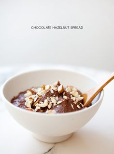 a house in the hills - home made nutella.now i can stop eating nutella in favor of a non-palm oil alternative! Vegan Treats, Vegan Desserts, Yummy Treats, Delicious Desserts, Sweet Treats, Dessert Recipes, Yummy Food, Drink Recipes, Mousse