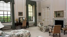 Bedroom Five - The Ditchley Foundation