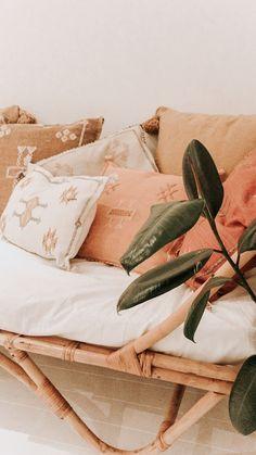 Home Decoration Classic Moroccan Cactus Silk Cushions.Home Decoration Classic Moroccan Cactus Silk Cushions Sofa Rattan, Living Room Pillows, Ideas Hogar, Home And Deco, Minimalist Living, New Room, Home Interior, Interiores Design, Cheap Home Decor