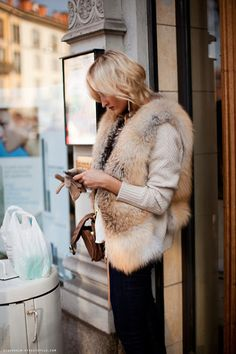 Fashion - Faux Fur Vest