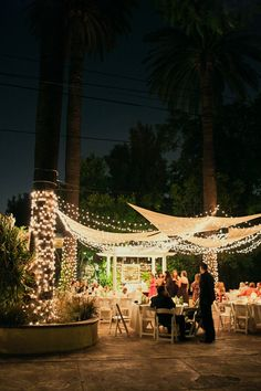 Gorgeous ambiance for an outdoor wedding reception. !