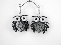 12 Awesome Paper Quilling Jewelry Designs To Start Today – Quilling Techniques Quilling Butterfly, Arte Quilling, Paper Quilling Designs, Quilling Paper Craft, Quilling Patterns, Quilling Ideas, Owl Jewelry, Paper Jewelry, Paper Beads