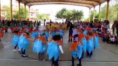 """Danza de los bufones. Clausura Semana Cultural """"La Edad Media y los castillos"""". Curso 2013/14"""