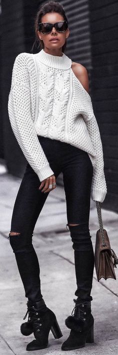 How To Wear 15 Of The Best Winter Outfit Ideas https://ecstasymodels.blog/2018/01/06/wear-15-best-winter-outfit-ideas/?utm_campaign=coschedule&utm_source=pinterest&utm_medium=Ecstasy%20Models%20-%20Womens%20Fashion%20and%20Streetstyle&utm_content=How%20To%20Wear%2015%20Of%20The%20Best%20Winter%20Outfit%20Ideas