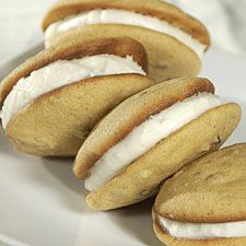 Maple-Walnut Whoopie Pies – maple-y, walnut-studded soft cakes with cream cheese filling