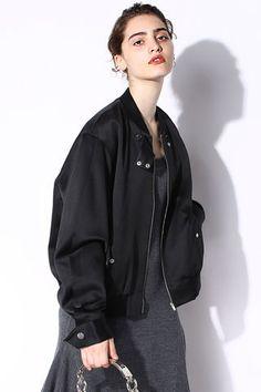 $311.99 Black Zipper Pockets Jacket