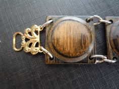 Vintage Mid Century Wood Brass Link Bracelet  ~beautiful clasp!~