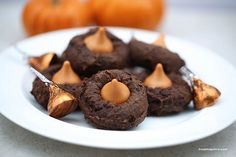 Chocolate pumpkin cookies I Heart Nap Time | I Heart Nap Time - Easy recipes, DIY crafts, Homemaking