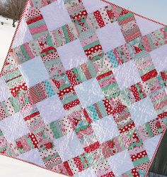 Little Miss Shabby Liberated Wedding Ring Quilt. Tutorial on her website!