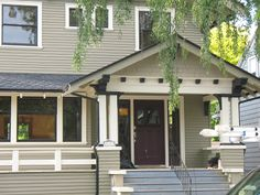 Bungalow Exterior Paint Color Schemes | ... kids and I saw some guys just finishing the exterior of this house