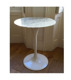 Marble Breakfast Table For Two Tulip Style - Onske  - 1