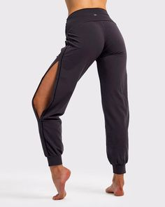 32 Best Modest Workout Clothes Images In 2020 Workout Clothes Modest Workout Clothes Modest Workout
