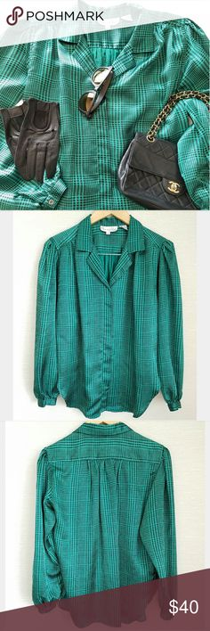 Vintage Oscar de la Renta Expressions Blouse Beautiful green and black houndstooth pattern 100% polyester  Princess sleeves  Button cuffs Hidden button placket Label size 10-Fits like current size 8 Excellent vintage condition! Oscar de la Renta Tops Blouses