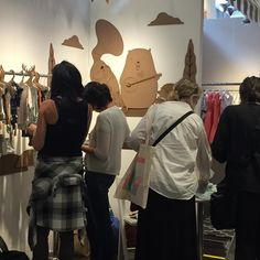 """Playtime Trade Shows 在 Instagram 上发布:""""Shopping the collection at Red Caribou! #cannotmiss #playtimenewyork #redcaribou"""""""