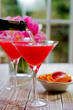 """For extra zest try this with Three Olives® Citrus Vodka! """"Blood Orange Martini - fresh squeezed blood orange juice, vodka, and triple sec Blood Orange Martini, Blood Orange Juice, Orange Vodka, Citrus Vodka, Easy Cocktails, Cocktail Drinks, Healthy Cocktails, Vodka Cocktails, Alcoholic Drinks"""