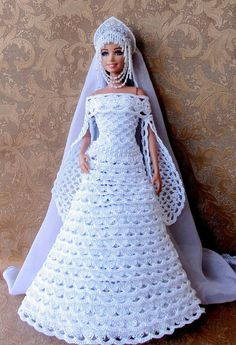 crochet barbie doll clothes for beginners Barbie Bridal, Barbie Wedding Dress, Barbie Gowns, Barbie Dress, Habit Barbie, Barbie Mode, Crochet Doll Dress, Crochet Barbie Clothes, Barbie Clothes Patterns