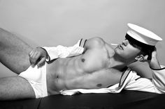 Hot Sailors | Share this: