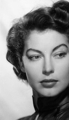 gatabella:  Ava Gardner for Pandora and the Flying Dutchman